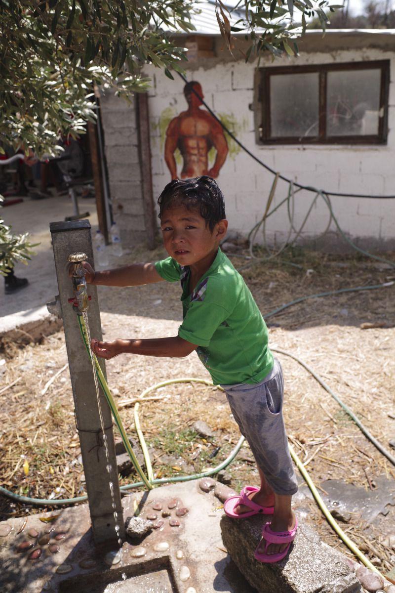 medland-project-refugee-camp-moira-greece-near-lesbos