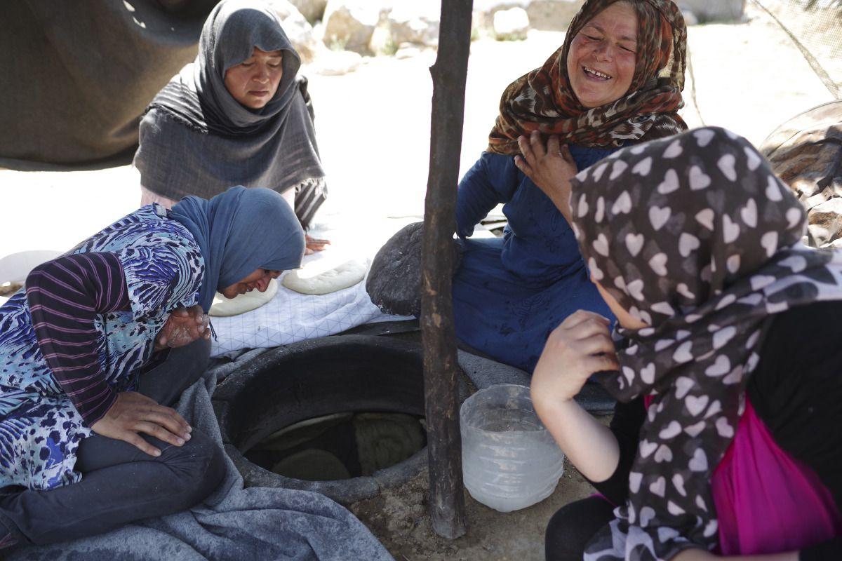 refugee-camp-moira-greece-near-lesbos-medland-project