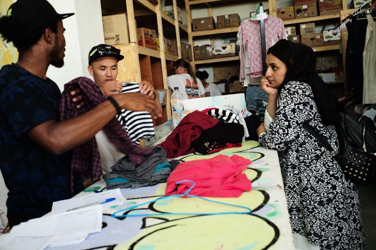 refugee-free-shop-lesbos-greece-medland-project